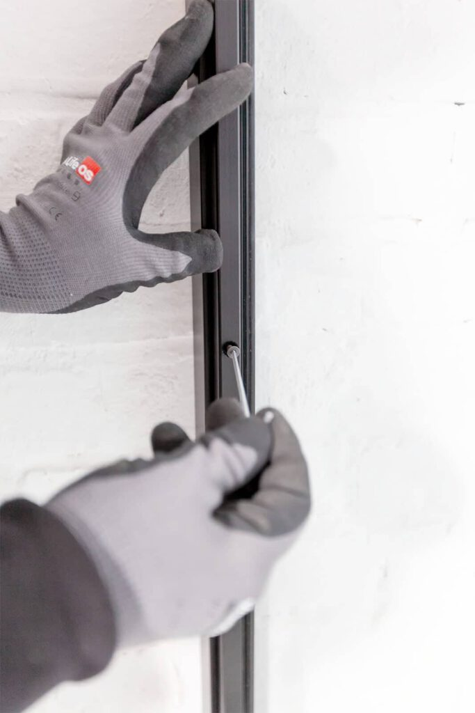 Loftstahl, Loft-Stahl.de - N51E12, Stahlrahmen, Lofttür, Konstruktion, Designtür, Stahlrahmen, Loft, Stahltür, Montage, Wandmontage