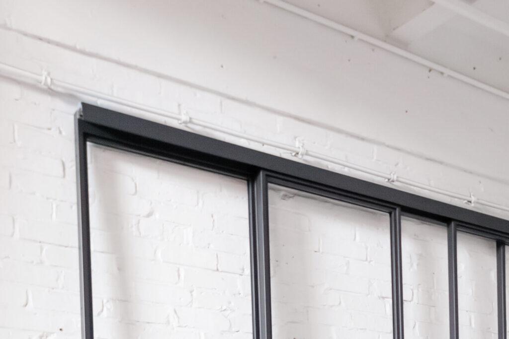 Loftstahl, Loft-Stahl, N51E12, Laufschiene, C-Laufschiene, verdeckte Laufschiene, Stahl Loft Tür, Doppeltür, Designtür, Glastrennwand
