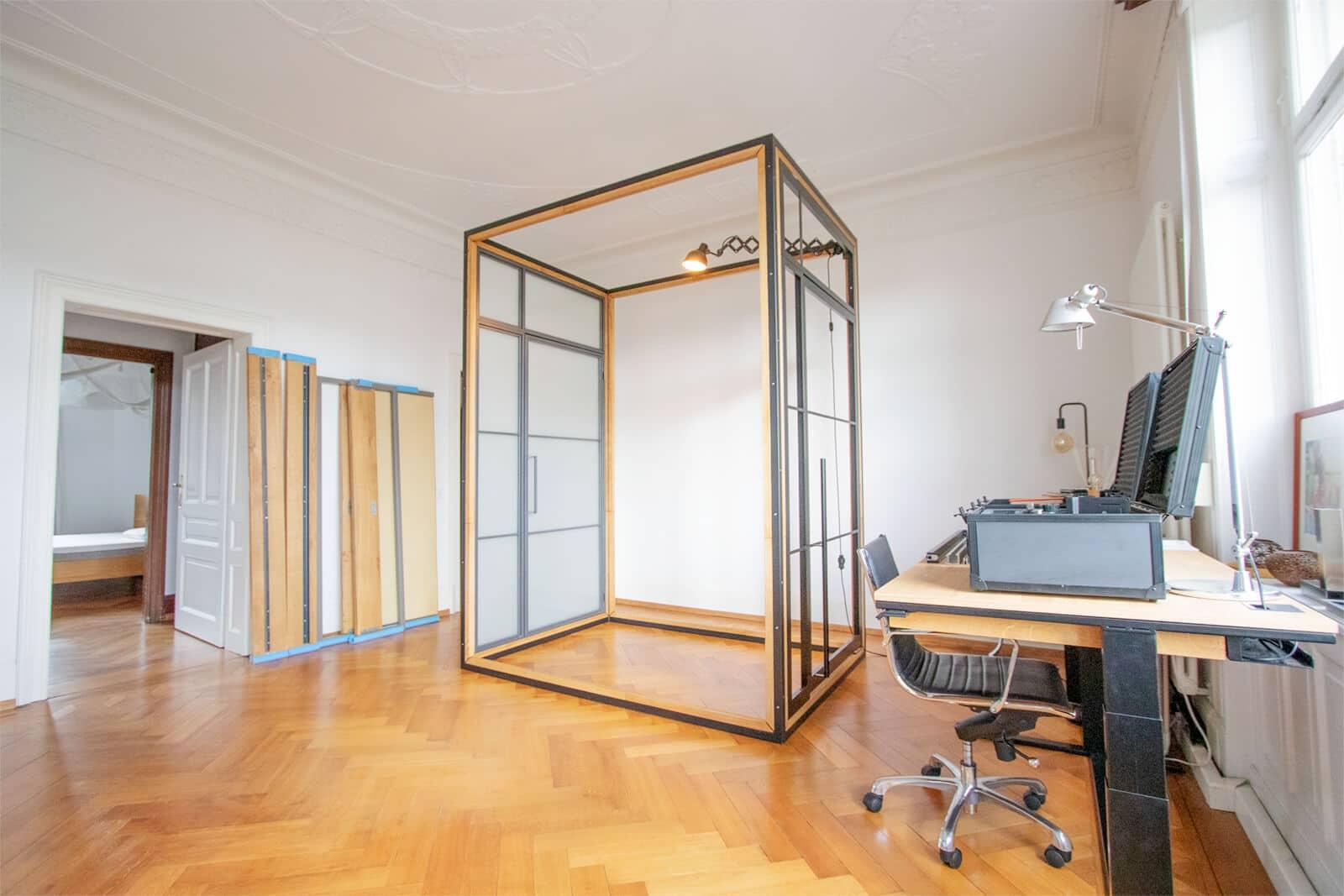 Loftstahl, Loft-stahl.de, N51E12, Showroom Offenbach, Frankfurt, Designbett, Stahl Loft Tür, Ausstellung, Officev